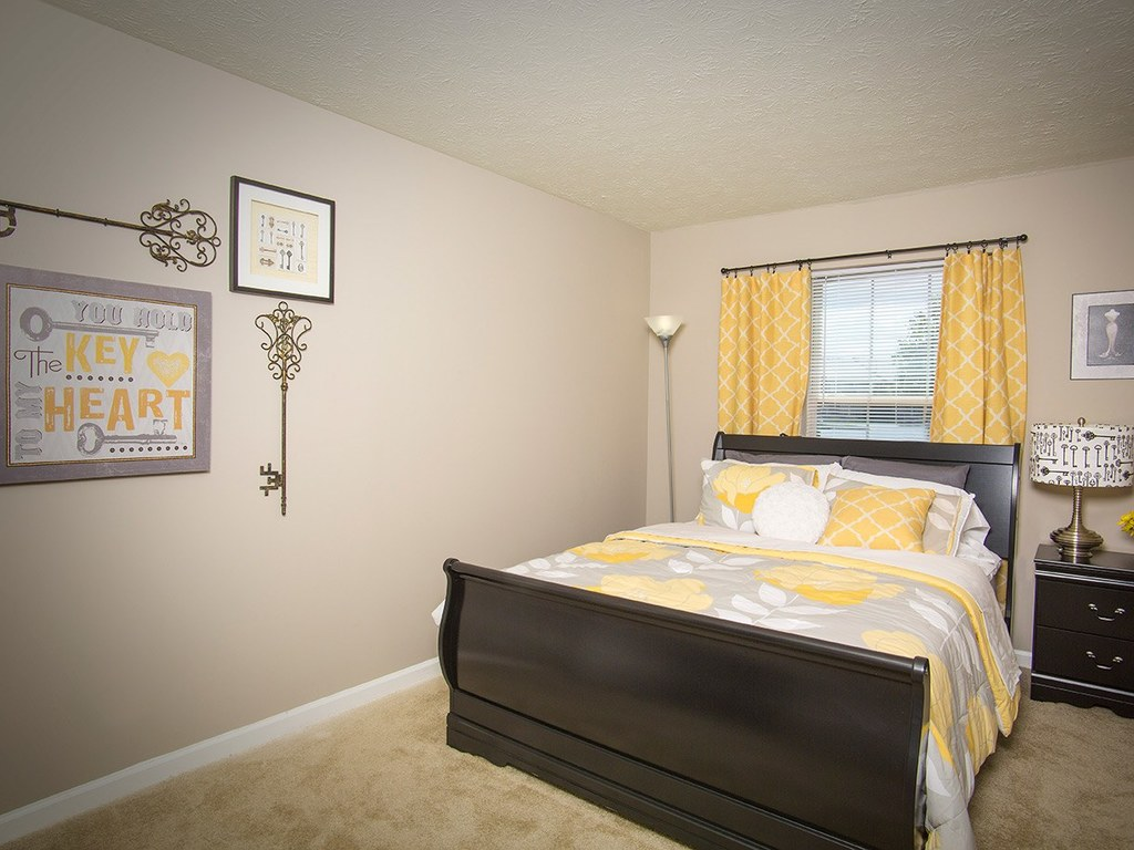 Indianapolis Apartments for Rent | Home | Stone Ridge
