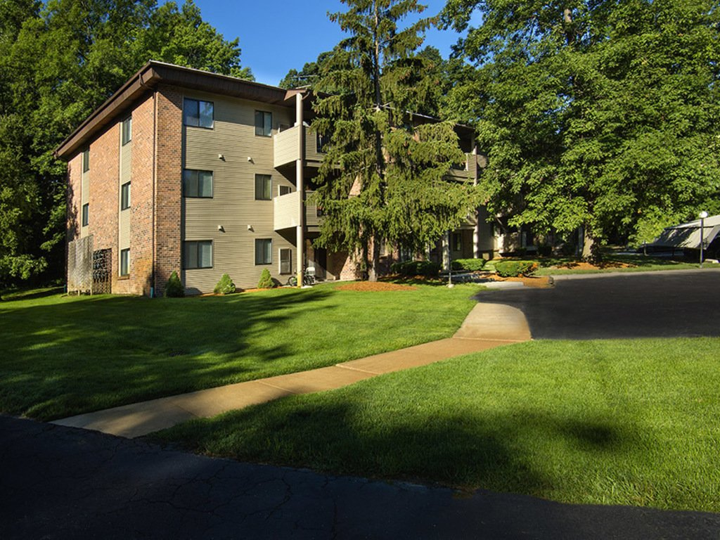 Apartments In Grand Rapids Mi Glen Oaks East Apartments