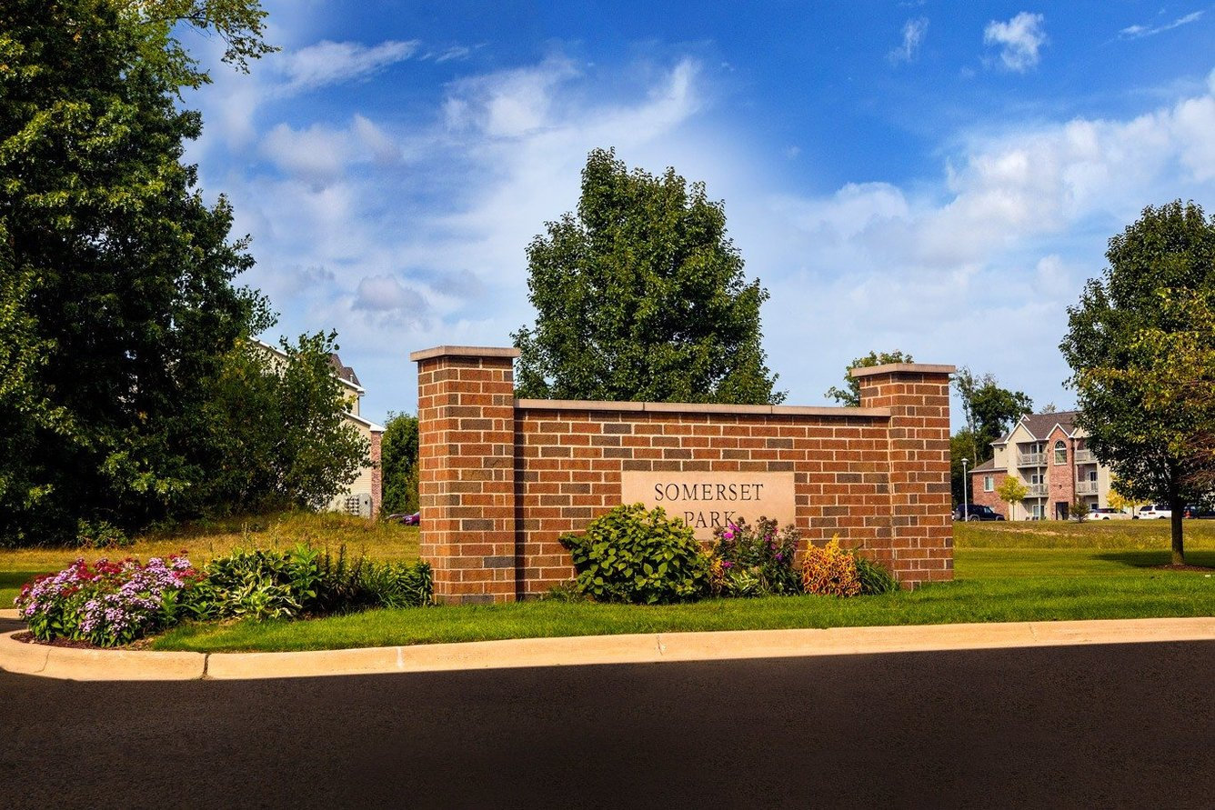 Apartments in Bath MI | Somerset Park Apartments | Home