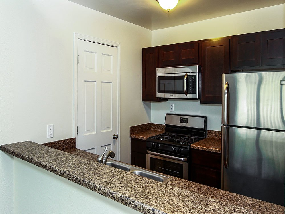 Apartments In Kentwood Mi Woodland Creek Apartments